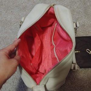 kate spade Bags - Kate Spade Handbag Crossbody